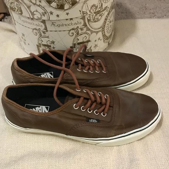 cd2d379450 Vans aged leather brown era shoes. M 5ad52c7ac9fcdf25c1736718